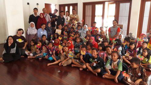 Seratpena Anak: Mengenalkan Sastra di Sekolah Rakyat Bintaro