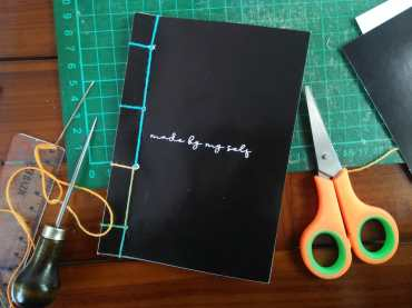 Peralatan Binding Buku